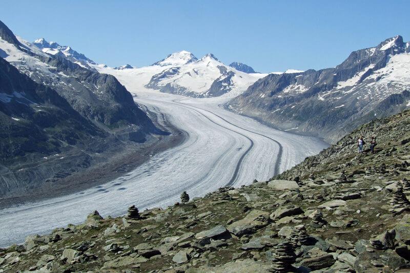 Aletsch gletsjer in de zomer